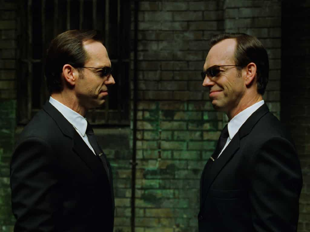 Hugo Weaving en Matrix