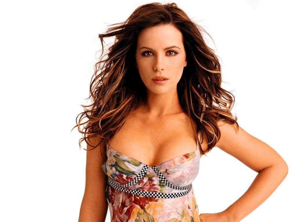 kate_beckinsale_hot-1