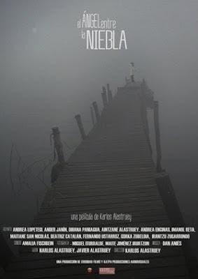 Poster de El ángel entre la niebla