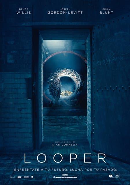 Teaser Poster Looper
