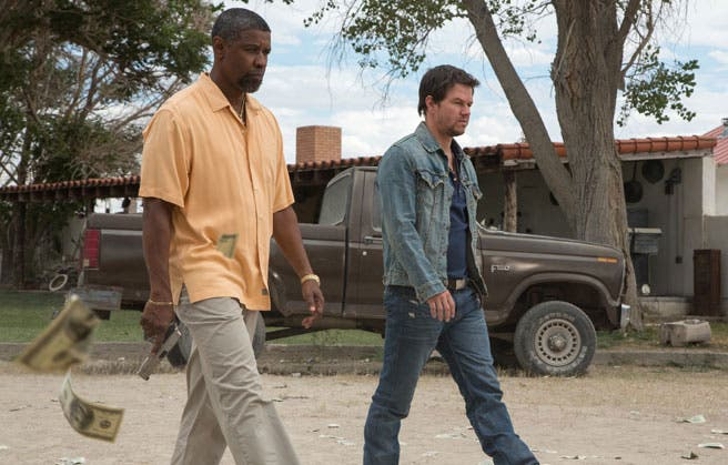 Denzel Washington y Mark Wahlberg en 2 Guns