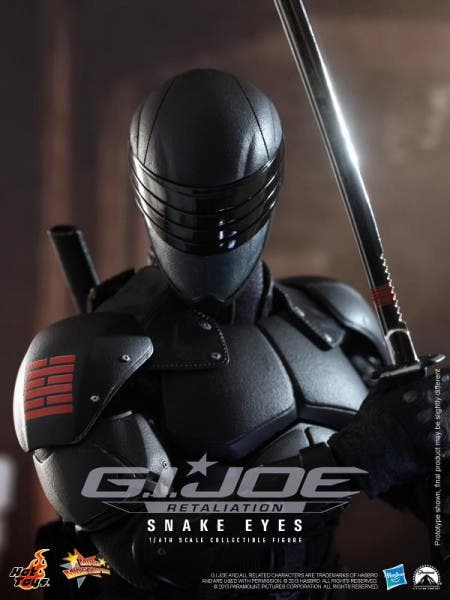 hot-toys-g-i-joe-retaliation-snake-eyes-collectible-450x600