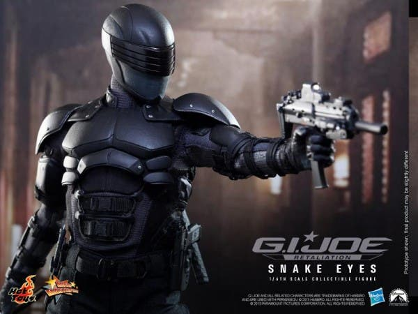 snake-eyes-hot-toys-collectible-600x450