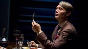 Mads Mikkelsen interpreta al mítico Hannibal Lecter