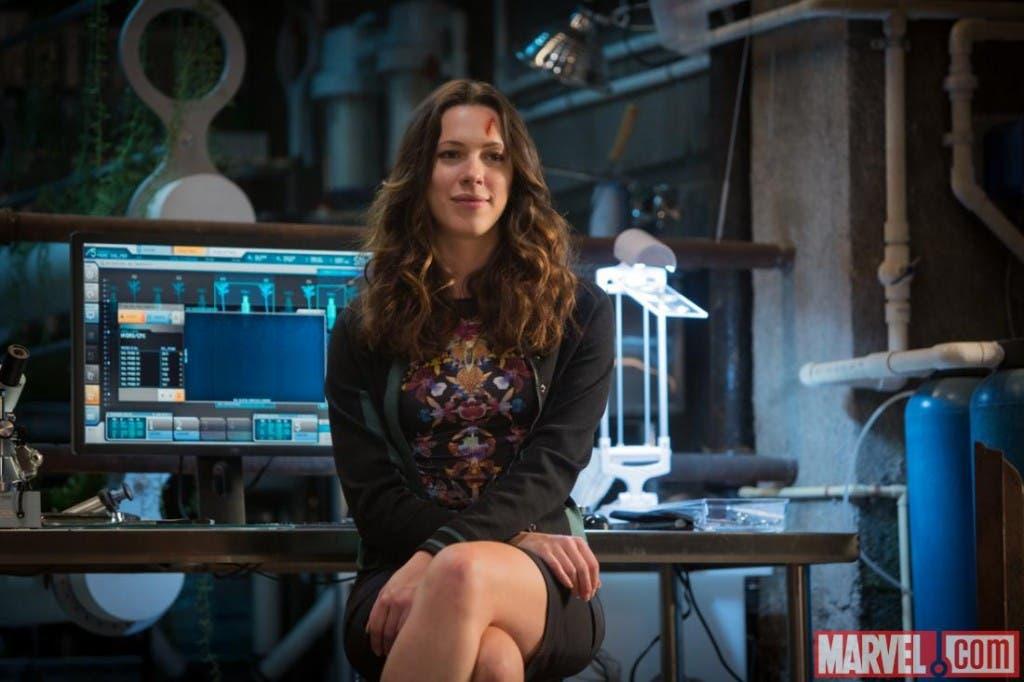 Rebeca Hall es Maya Hansem en Iron Man 3