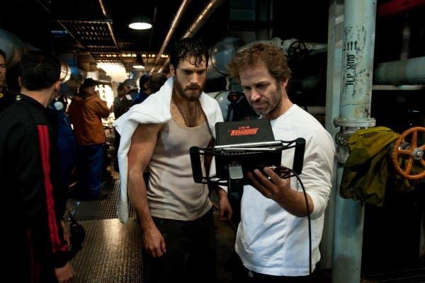 Zack Snyder y Henry Cavill durante el rodaje de El hombre de Acero