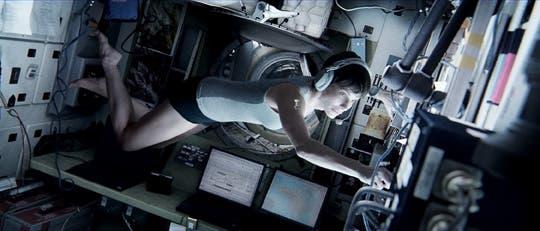 Sandra Bullock en un fotograma de Gravity de Alfonso Cuarón