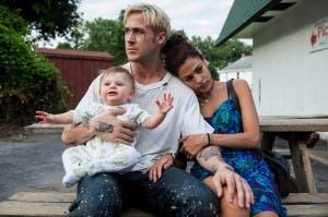 Ryan Gosling y Eva Mendes, en 'Cruce de caminos'