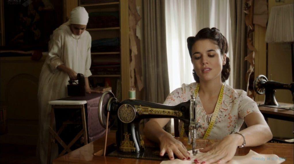 El-tiempo-entre-costuras-máquina-coser-Singer