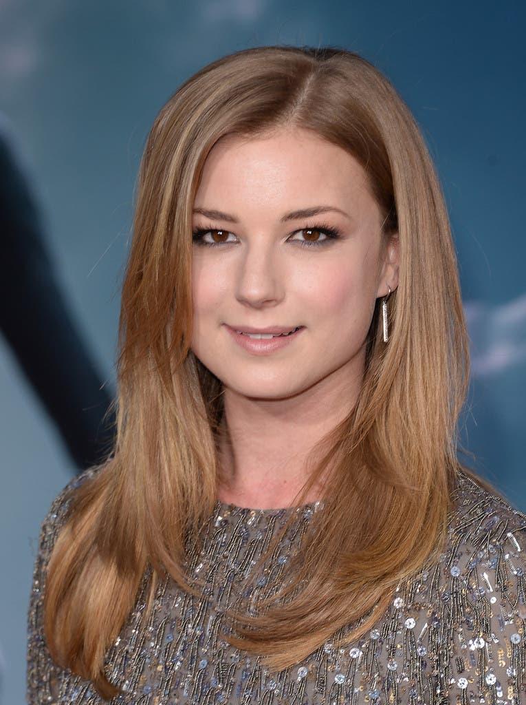 Emily VanCamp es Saron Carter / agente 13 en Capitán América. El soldado de invierno