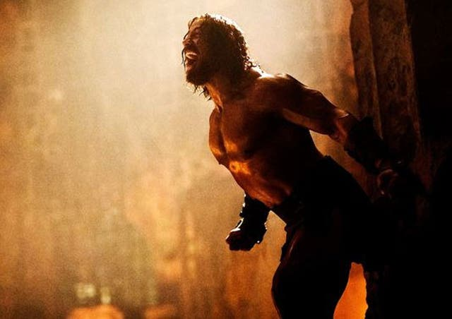 Dwayne Johnson como Hércules