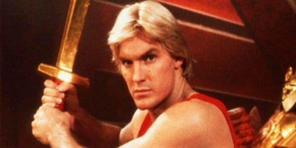 El fantástico homenaje de Walmart al cine de ciencia ficción - Flash Gordon