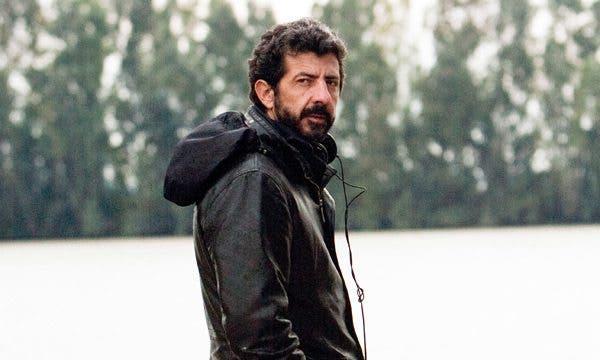 Alberto Rodríguez, en el rodaje de 'La isla mínima'
