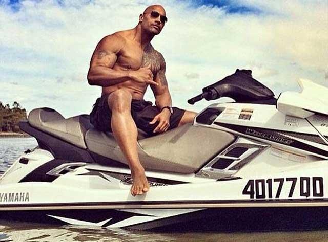 Dwayne Johnson se unirá a Los Vigilantes de la playa