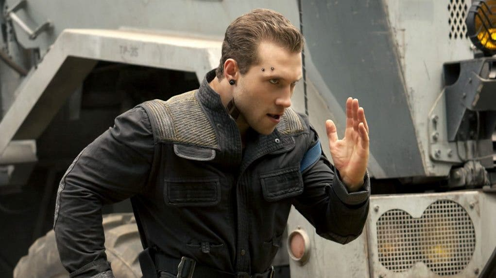 Jai Courtney Insurgente