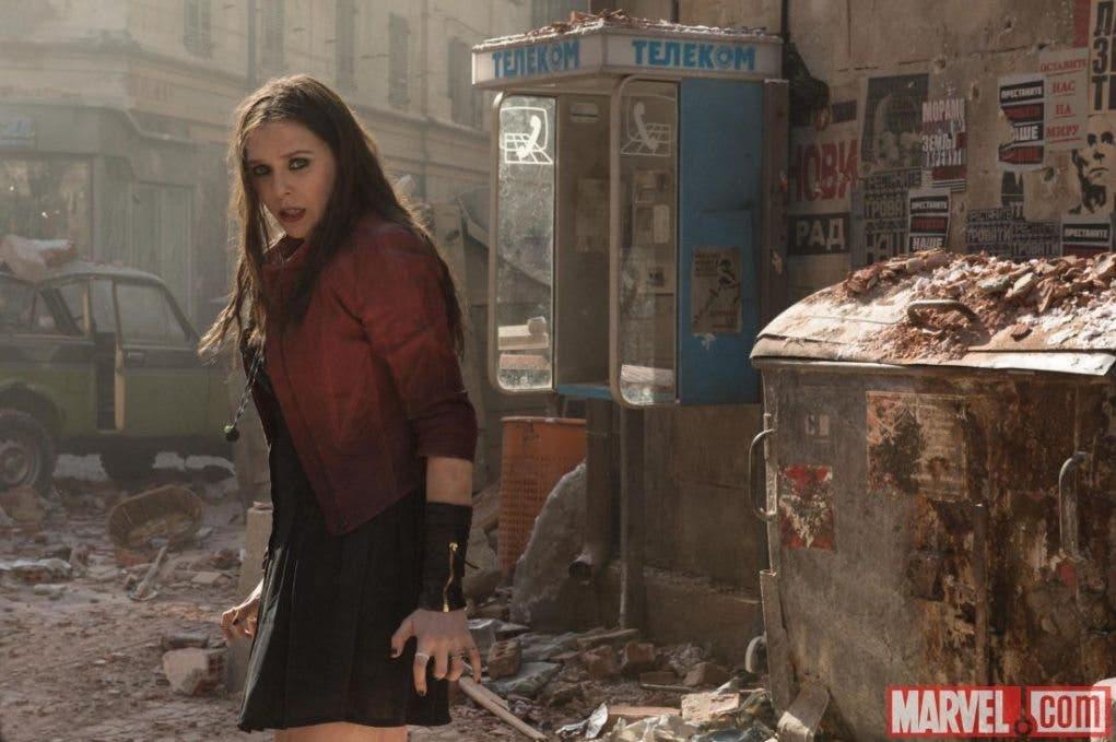 Elisabeth Olsen es Bruja escarlata en 'Vengadores: La era de Ultron'