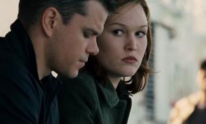 Julia Stiles en Bourne 5