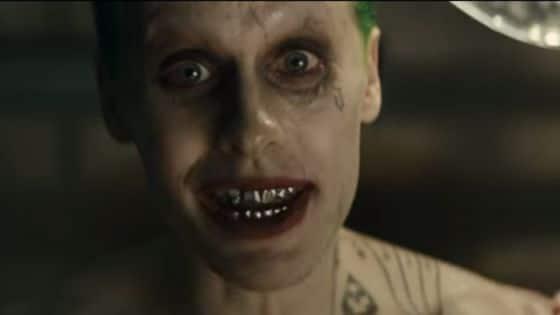 Fotograma del tráiler: Jared Leto, en la piel del Joker.
