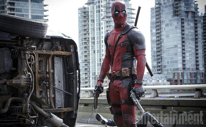 Nueva imagen promocional de la película 'Deadpool', interpretada por Ryan Reynolds.