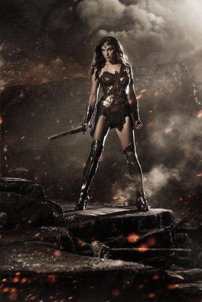 Imagen promocional de Wonder Woman (Gal Gadot) en 'Batman v Superman: Dawn of Justice' (2016).