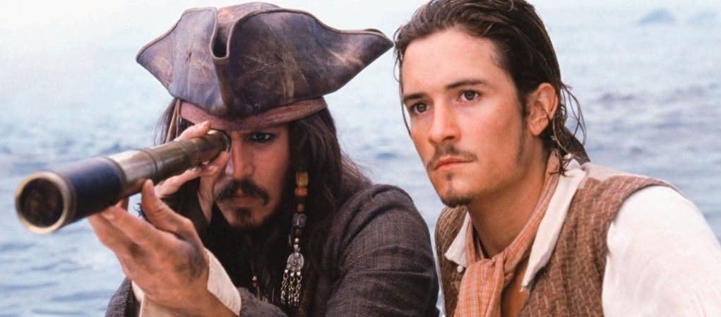 Jack Sparrow junto a Will Turner en Piratas del Caribe BOX OFFICE USA