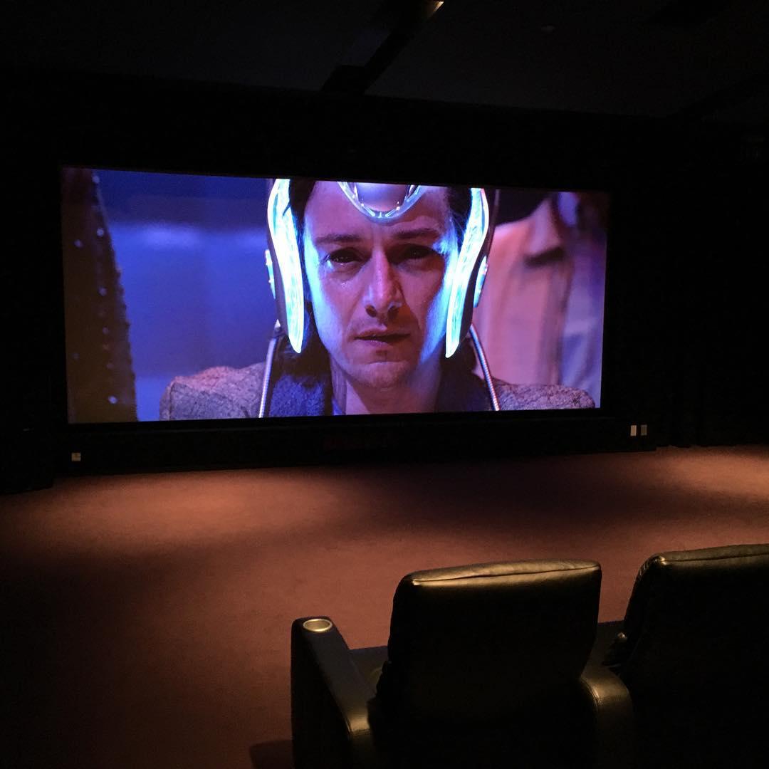 James McAvoy es Charles Xavier