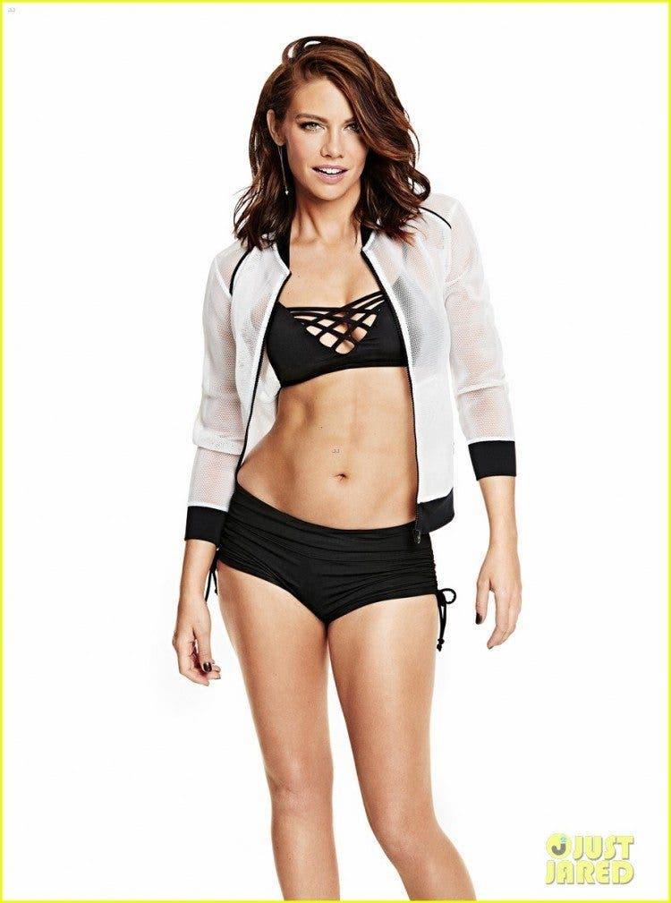walking dead lauren cohan bares amazing body for shape