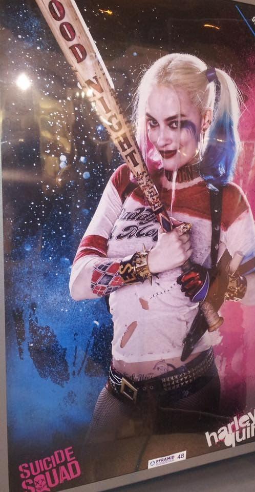 Nuevo póster promocional con Margot Robbie como Harley Quinn
