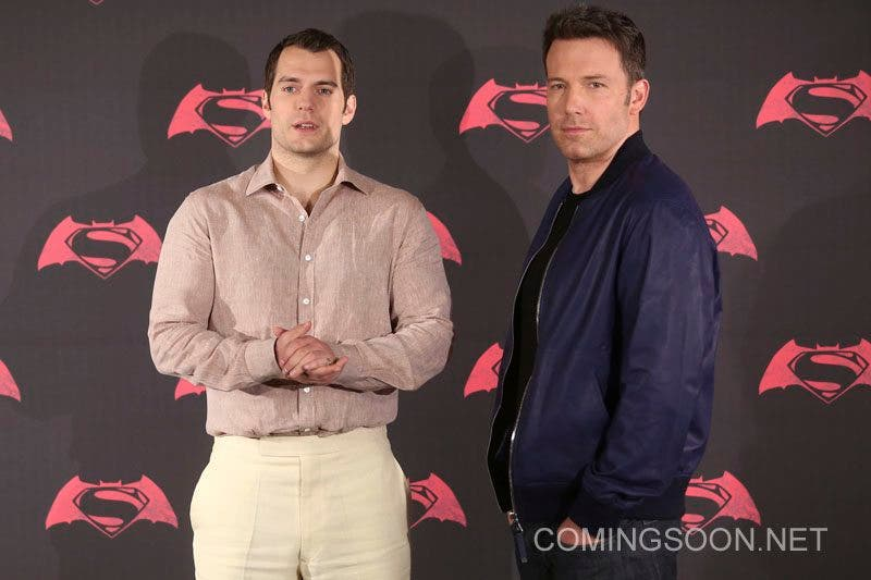 MEXICO CITY, MEXICO - MARCH 19: British actor Henry Cavill, American actor Ben Affleck pose for pictures during the Batman v Superman Movie photocall at St Regis Hotel on March 19, 2016 in Mexico City, Mexico. (Photo by Hector Vivas/LatinContent/Getty Images)