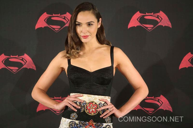 MEXICO CITY, MEXICO - MARCH 19: Israeli actress Gal Gadot poses for pictures during the Batman v Superman Movie photocall at St Regis Hotel on March 19, 2016 in Mexico City, Mexico. (Photo by Hector Vivas/LatinContent/Getty Images)