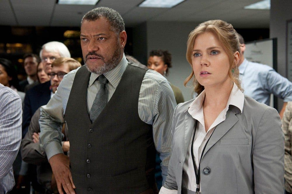 foto-amy-adams-y-laurence-fishburne-en-superman-el-hombre-de-acero-de-lois-lane-y-perry-white-073