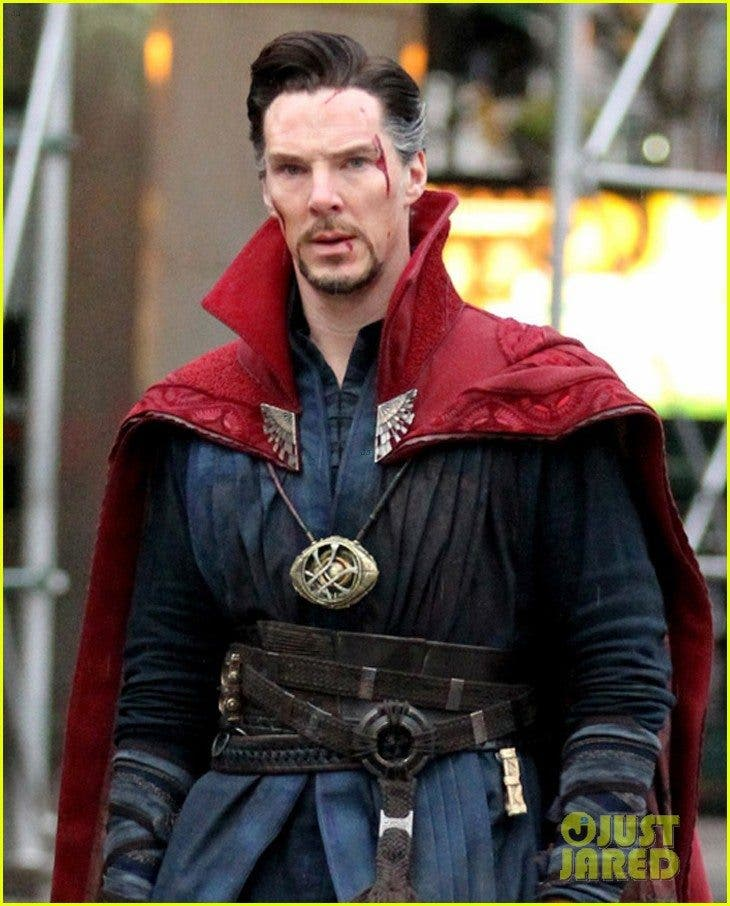 benedict-cumberbatch-films-doctor-strange-in-nyc-first-pics-10