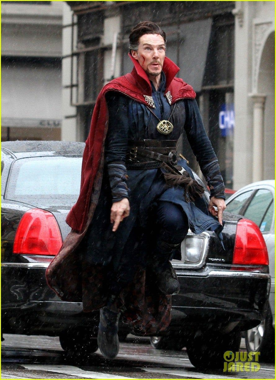 benedict-cumberbatch-films-doctor-strange-in-nyc-first-pics-50