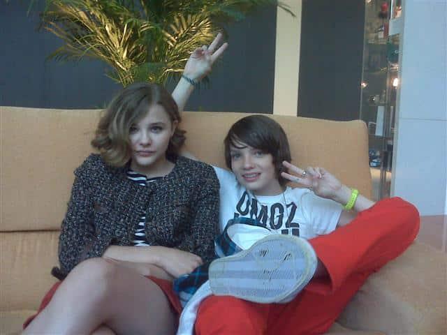Chloë y Kodi en el Hotel Meliá de Sitges