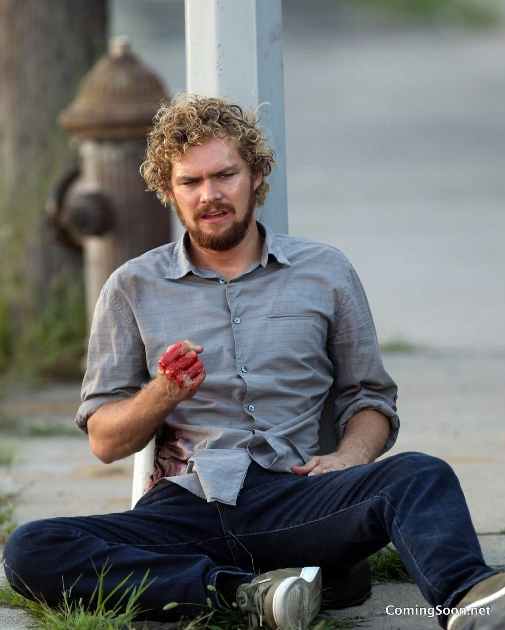 "NEW YORK, NY - AUGUST 31: Finn Jones seen filming ""Iron Fist"" on August 31, 2016 in New York City. (Photo by Steve Sands/GC Images)"