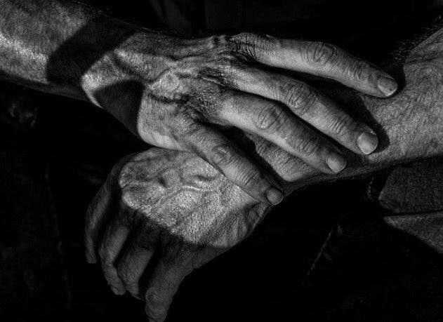 logan-nueva-imagen-manos-hugh-jackman