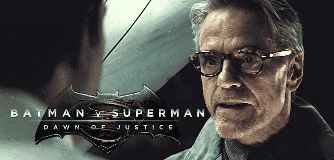 Alfred Jeremy Irons The Batman Liga de la Justicia