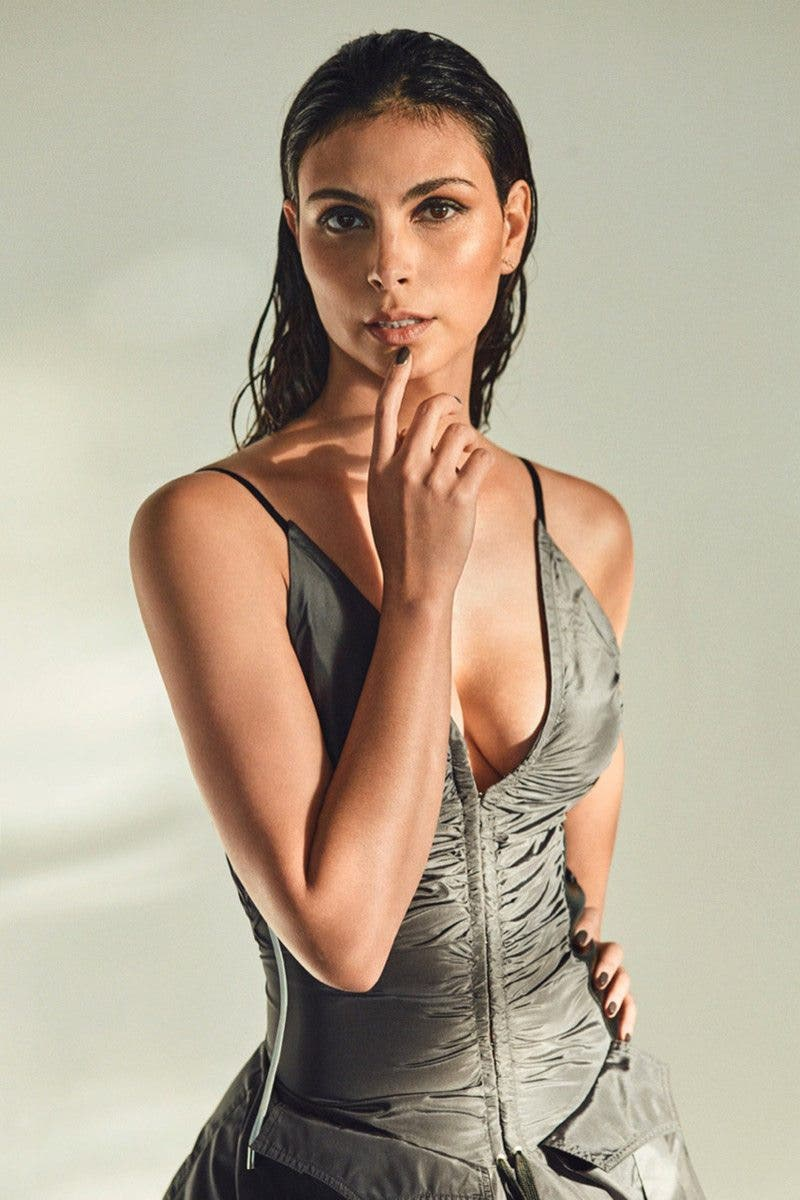 morena-baccarin-hot-sex-10