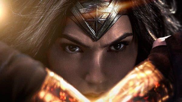 Warner revela que 'Wonder Woman' será la salvación del Universo DC