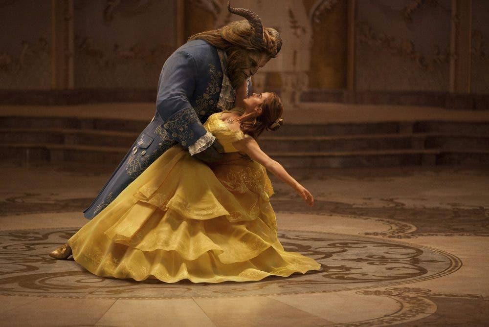nueva imagen de La Bella y la Bestia con Emma Watson