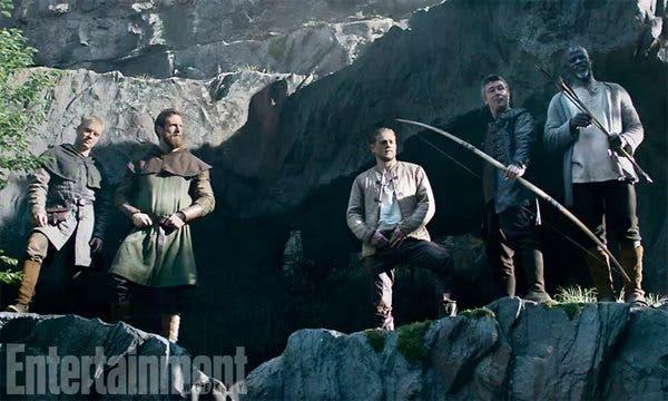 nuevo trailer de Rey Arturo: La leyenda de Excalibur