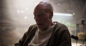 Charles Xavier en 'Logan' con pelo