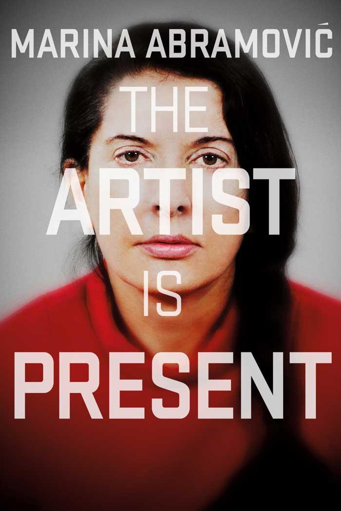 Poster de 'Marina Abramovic: La artista está presente'