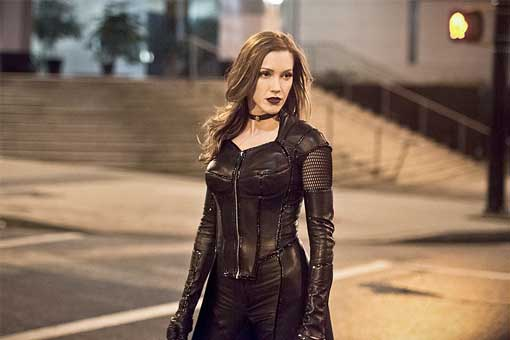 Katie Cassidy es Black Siren Arrow