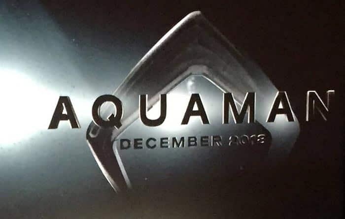 Logotipo de la película de 'Aquaman' y detalles del arte conceptual