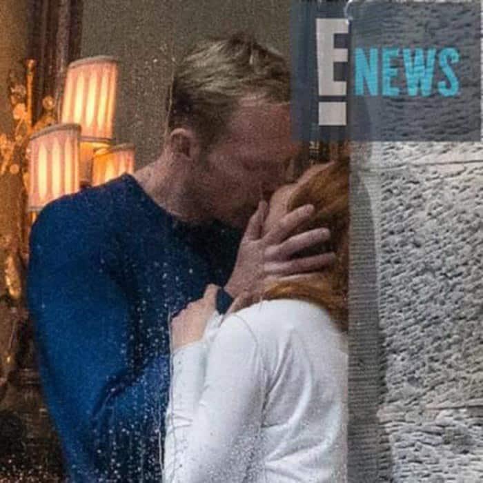 Beso de Visión y Bruja Escarlata en 'Vengadores: Infinity War'