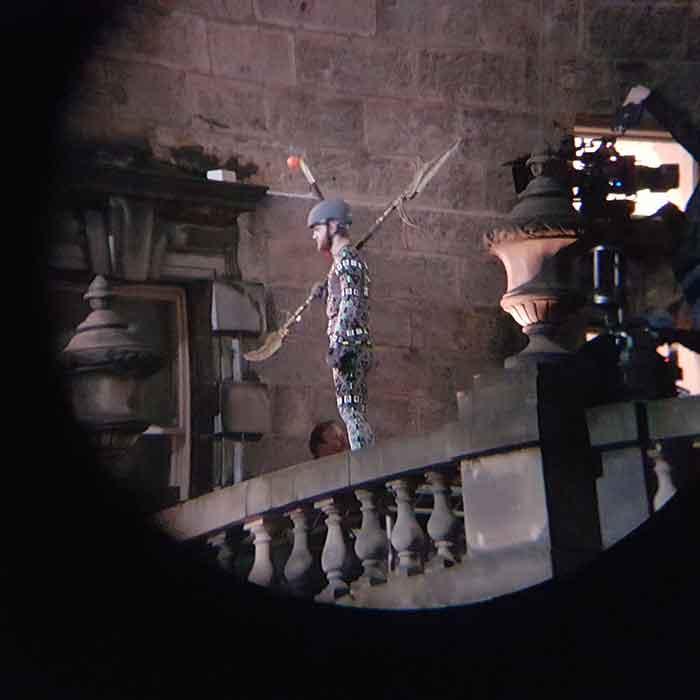 ¿Habéis visto las últimas imágenes del rodaje de 'Vengadores: Infinity War'? Aparece la mano derecha de Thanos, Corvus Glaive (Black Order).