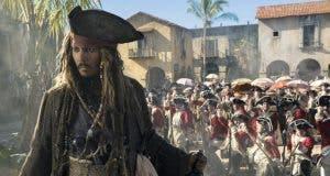 Johnny Depp es Jack Sparrow. Piratas del Caribe 5: La Maldición de Salazar