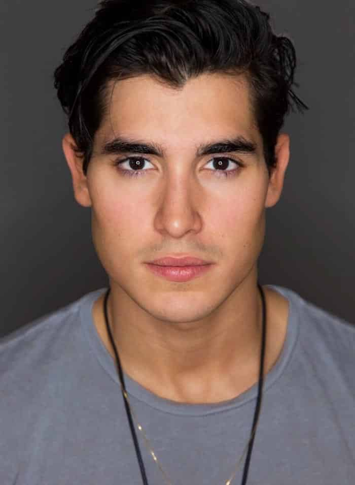 Henry Zaga en 'X-Men: New Mutants'