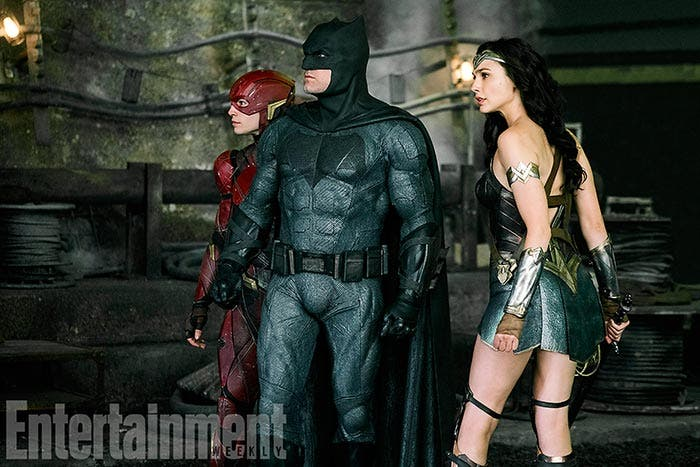 Batman, Wonder Woman y Flash en la Liga de la Justicia